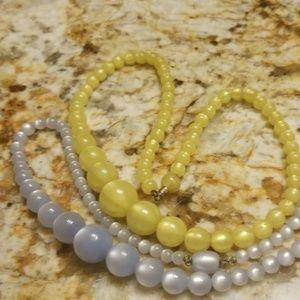 Vintage necklaces for repair PM 699